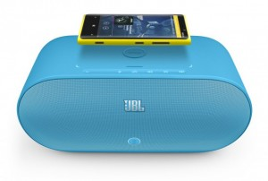 Nokia Lumia 920 JBL powerup wireless speakers
