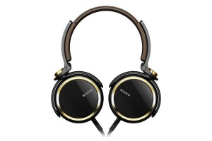 Sony MDR-XB600 headset