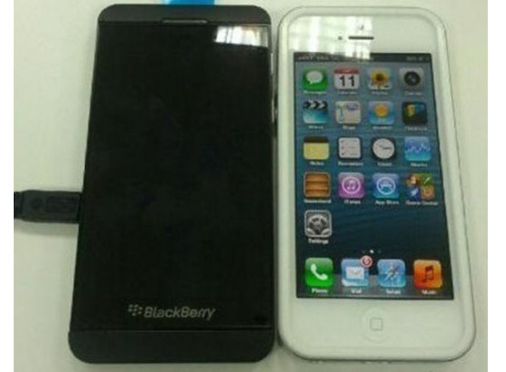 BlackBerry 10 L Vs iPhone 5