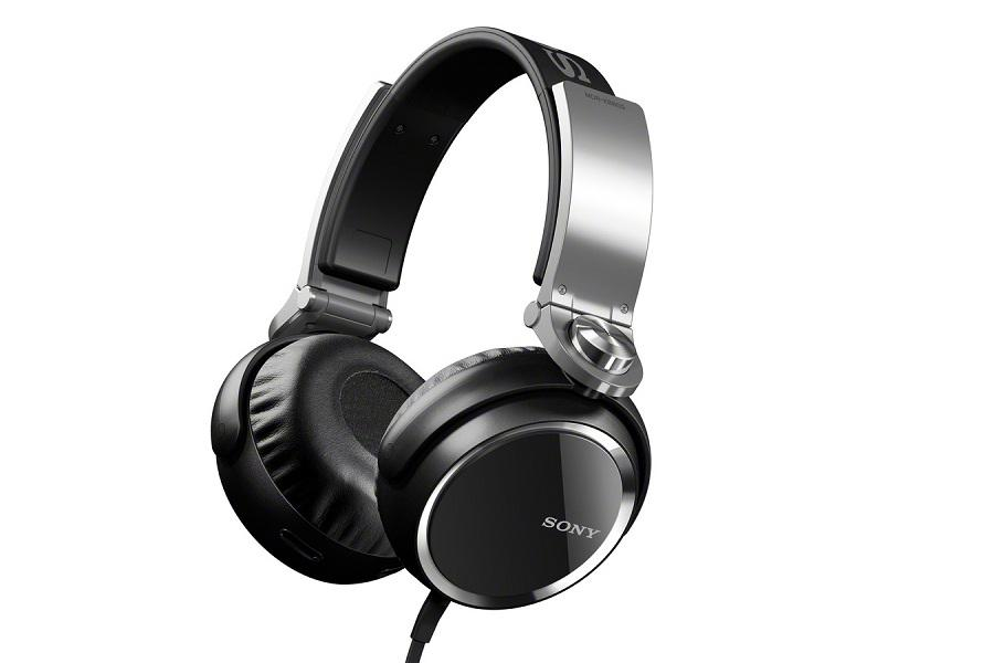 Sony MDR-XB800 Headphones insulates well but sound is low: Review & Specs