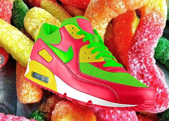 Use Instagram & Nike PHOTOiD to Colour your Air Max sneakers