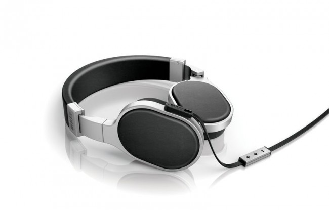 Known for HiFi speakers, KEF introduces M Series M500 headphones for $299.99