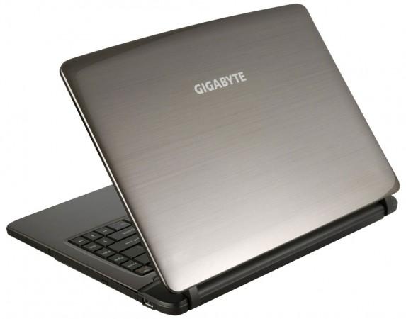 GIGABYTE Q2440