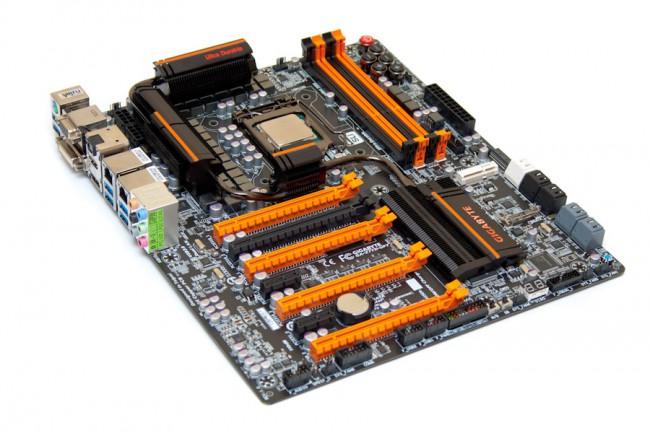 Gigabyte GA-Z77X-UP7